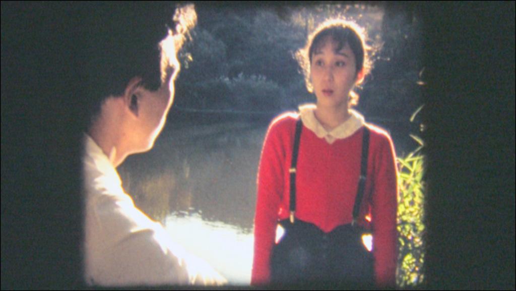 『VIRIDIAN ROAD』より 女の子役の佐藤真理(右)と主人公成瀬桂一役の河村幸夫